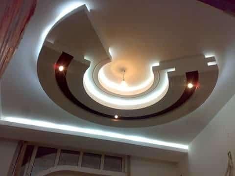 תקרת גבס עגולה מעוצבת בשילוב תאורה