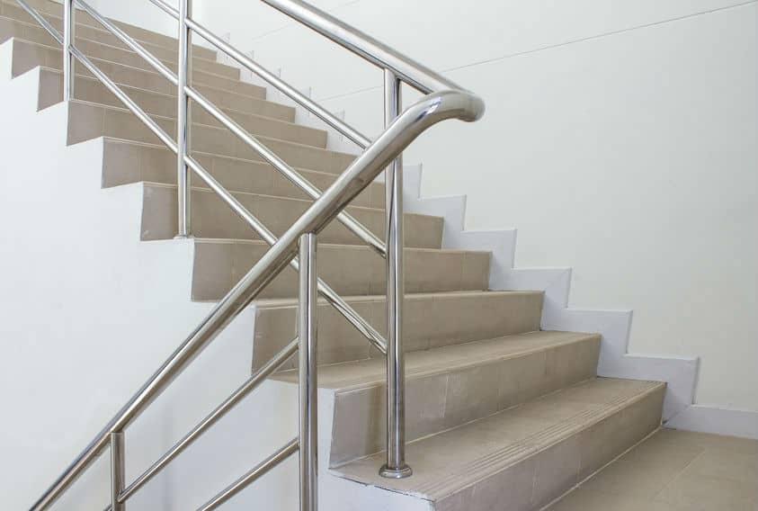 צביעת חדרי מדרגות